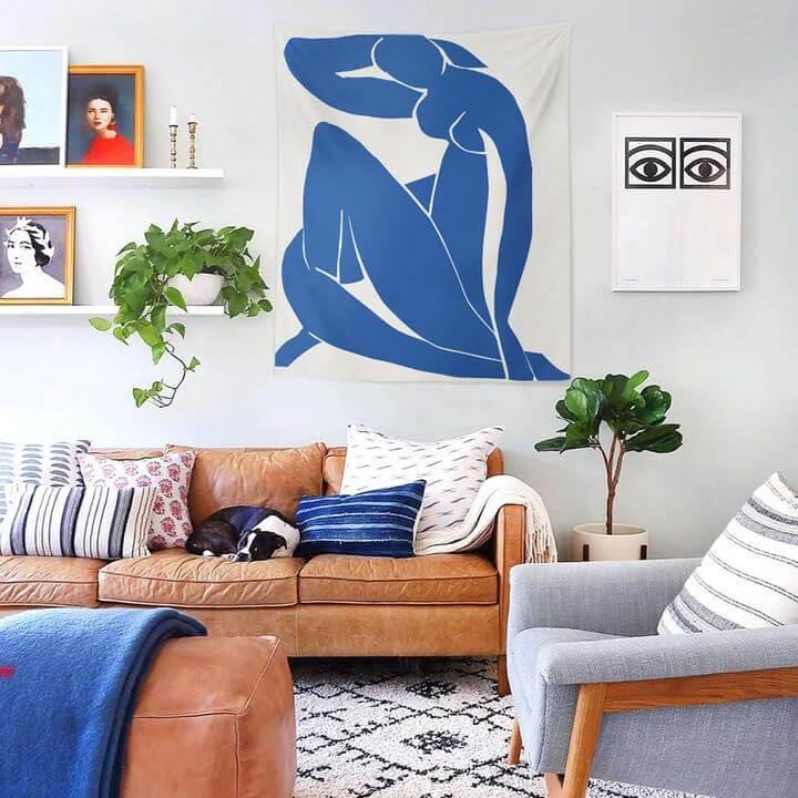 Blue Nude II Duvar Örtüsü