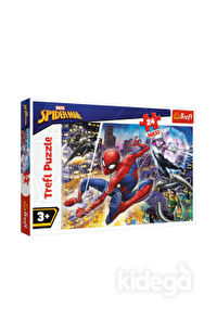 Trefl Puzzle Fearless Spiderman 24 Parça
